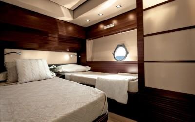 21_20111205174317_62S-ITALIA_Guest-Cabin