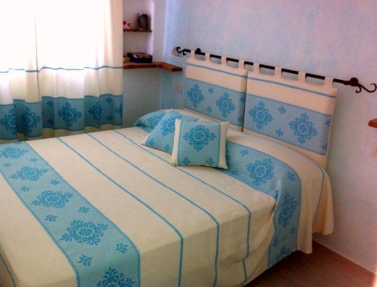 Tende sarde tessuti sardi olbia stiltende tendaggi for Arredamento stile sardo